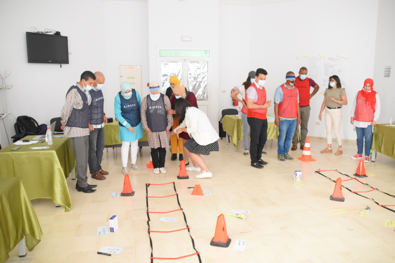 Participants discover the psychosocial needs of young people and the skills to be developed. Photo© @grasyforyou