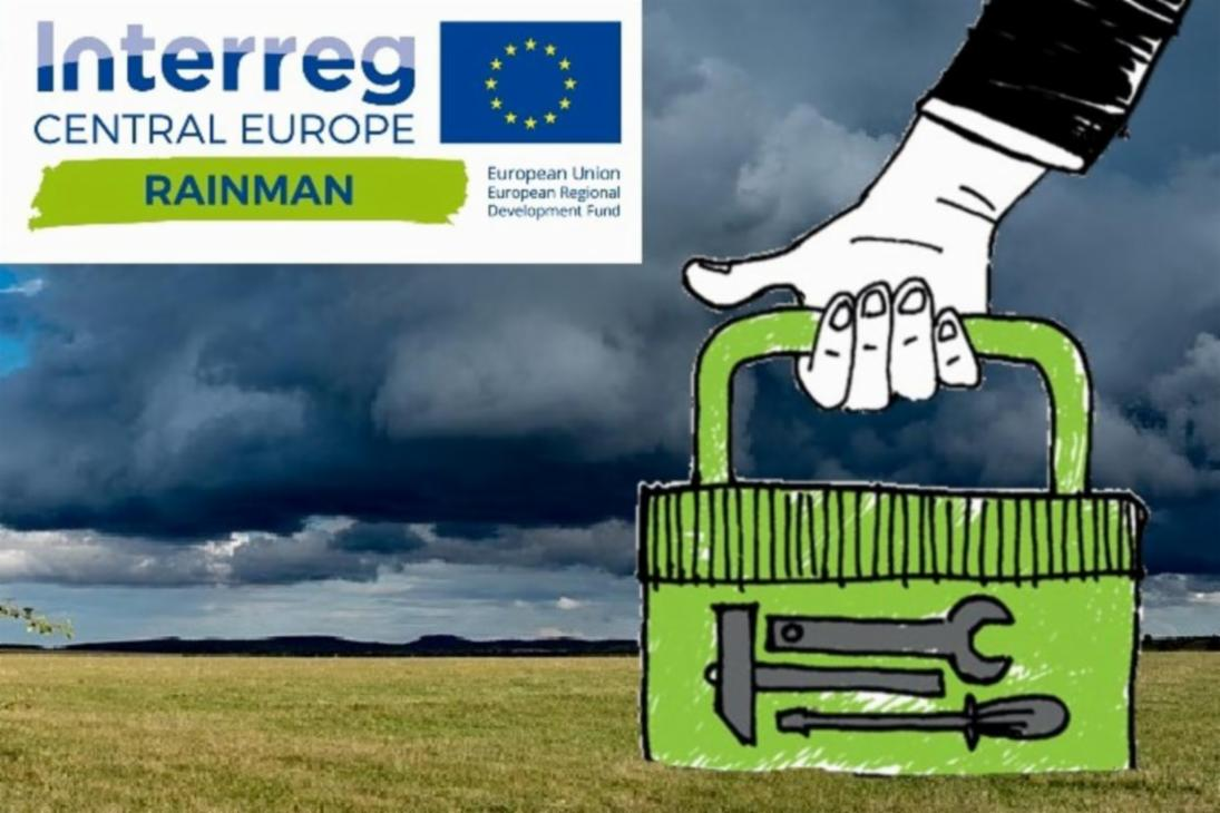 Collage: Ein dunkler Himmel , davor eine Hand, die einen Werkzeugkoffer trägt. Dazu das Logo Interreg Central Europe RAINMAN